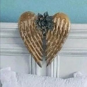 NEW Distressed Angel Wings w Turqoise Flower